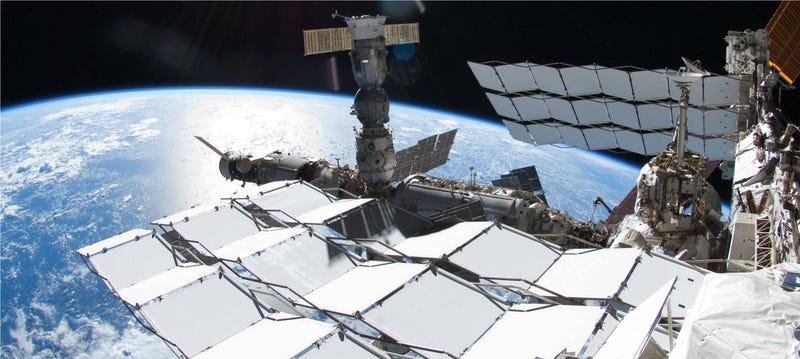 Illustration for article titled La Estación Espacial Internacional abandona Windows... por Linux