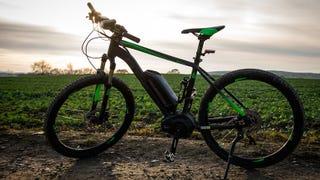 Transform Old Pallets Into A Cheap Sturdy Bike Rack