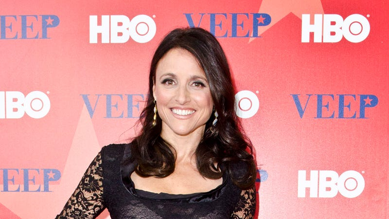 Illustration for article titled A Producer Once Tried to Help Julia Louis-Dreyfus By Telling Her Curly Hair Wasn't Fuckable