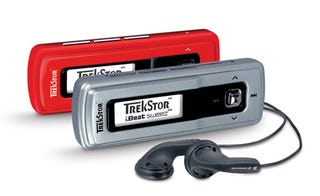 Illustration for article titled Trekstor i.Beat Sweez Squeezes Music Player Down to 1 Ounce