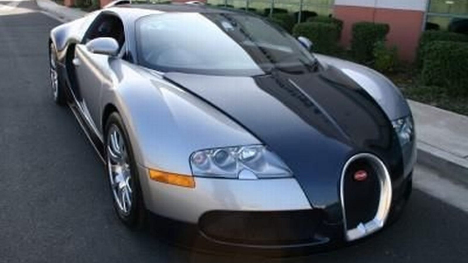 1 3 million bugatti veyron most expensive craigslist car ever unofficially. Black Bedroom Furniture Sets. Home Design Ideas
