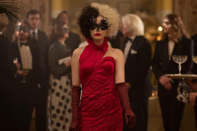Emma Stone Signs on for Cruella Sequel