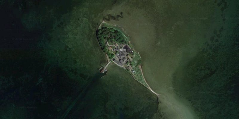 Illustration for article titled Dinamarca quiere enviar a inmigrantes convictosa esta isla desierta donde experimentaron con animales