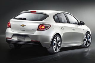 Illustration for article titled Chevy Cruze Hatchback: At Least It's Got A Pretty Ass
