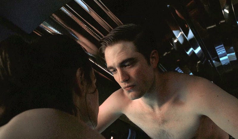 Illustration for article titled Sex, Anarchy, and Robert Pattinson's Hair Haunt David Cronenberg's Cosmopolis