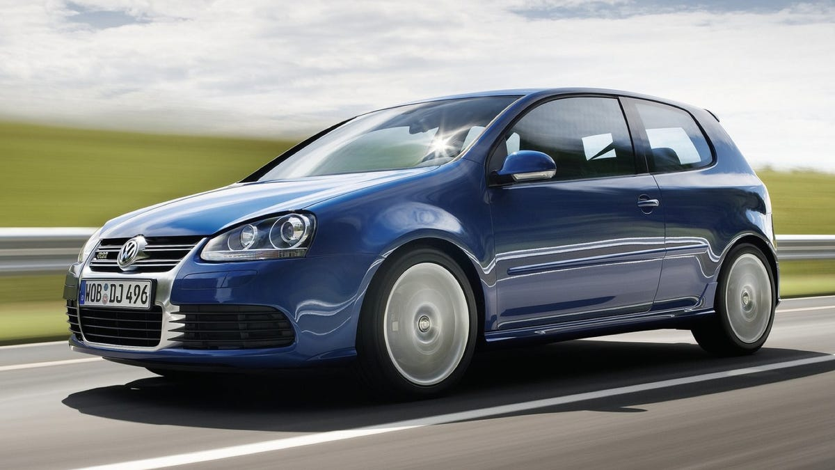 VW 2012 vw golf : Blue, Fast And Mean: The History Of The Volkswagen R32 And Golf R