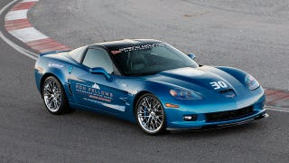 Illustration for article titled New Corvettes Now Come With Driving Lessons
