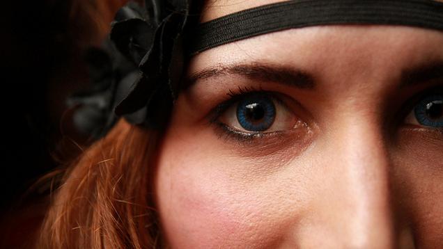 Practice Effective Eye Contact