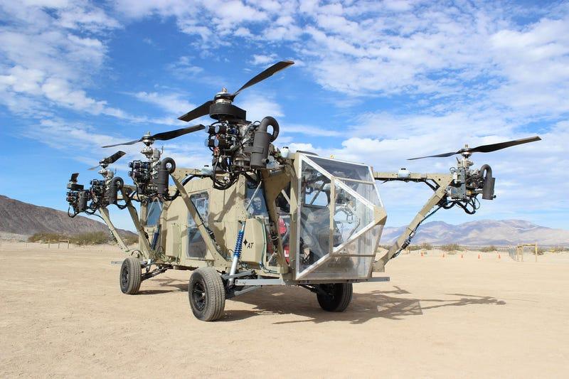 Illustration for article titled Este camión militar todoterreno vuela como un dron gigante