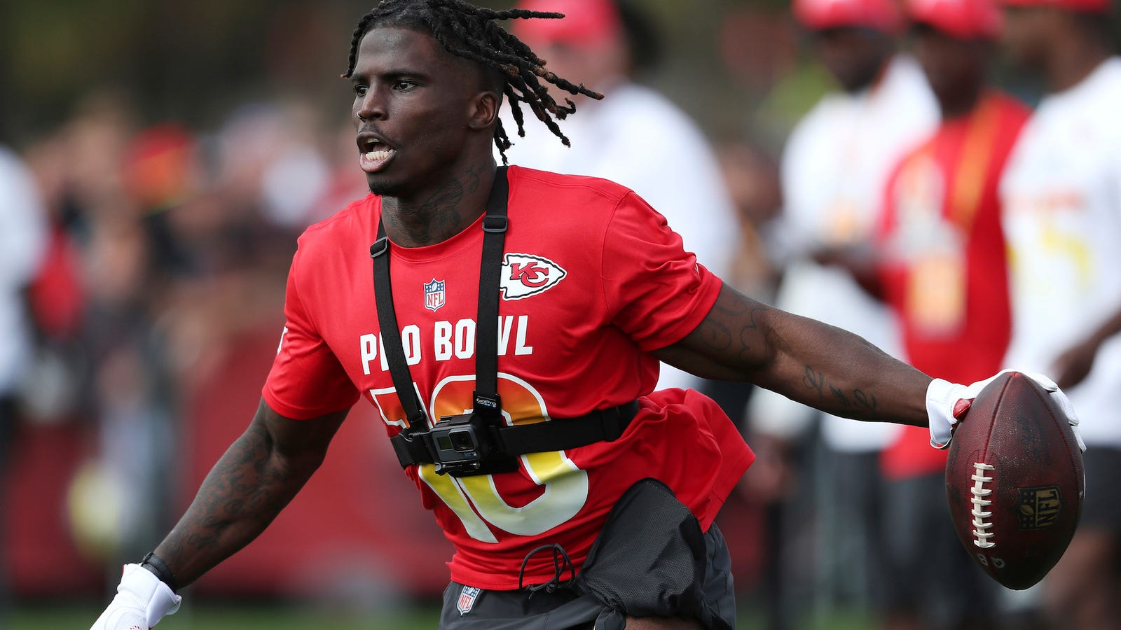 Reports: Cops Investigating Tyreek Hill For Allegedly ...