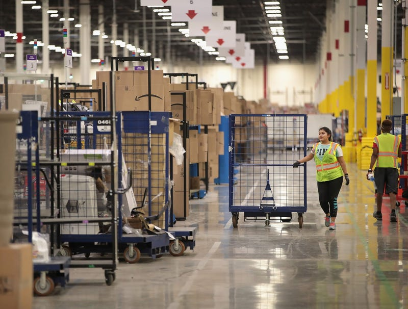 Illustration for article titled Amazon Reaches 1 Trillion Labor Violations