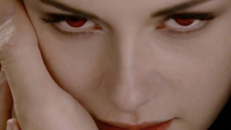 Twilight Vision White Speck That >> We Ve Seen The First 7 Minutes Of The Last Twilight Movie