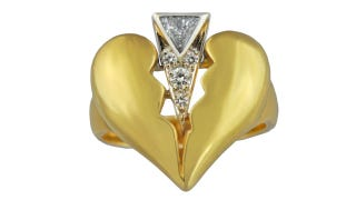 Illustration for article titled Celebrate Your Split With A Hideous Diamond 'Divorce Ring'