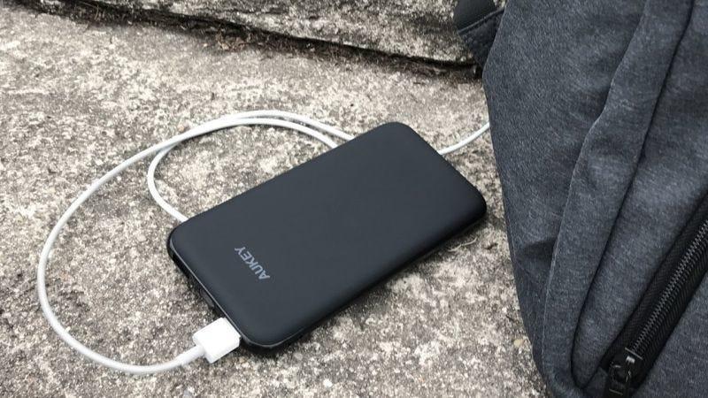 Batería Aukey 10000mAh, $15 con código AUKPBN51