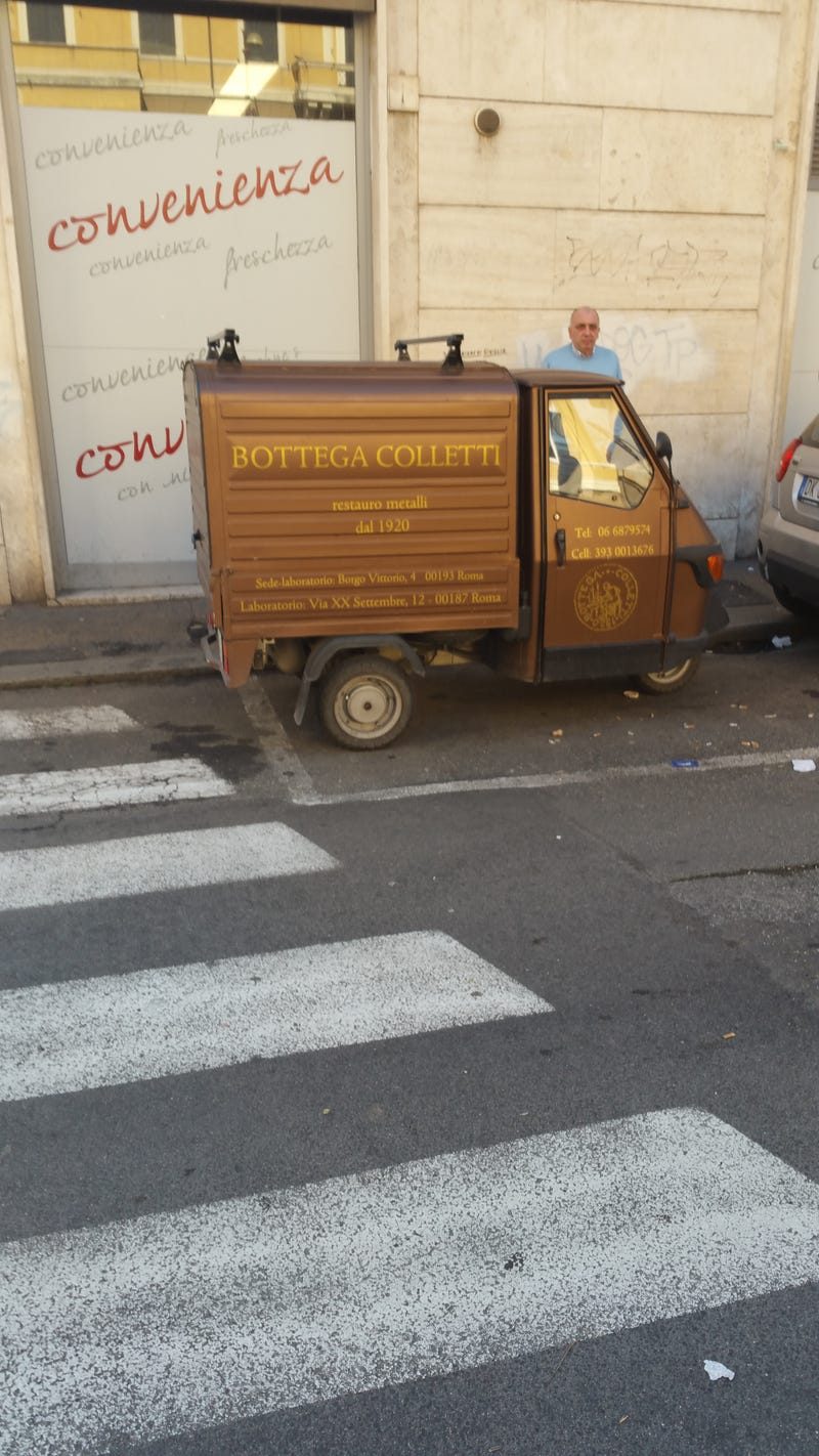 Illustration for article titled Spotted these brown automobiles in Rome.