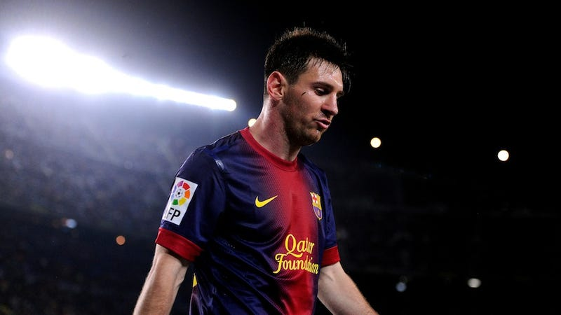 Illustration for article titled PSG Is Threatening To Buy Lionel Messi. Wait. That Can't Happen, Right?