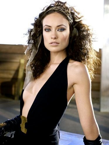 olivia wilde saddles up for an alien shoot out
