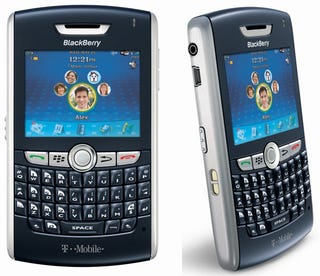 Illustration for article titled T-Mobile Confirms BlackBerry 8820 Arrival