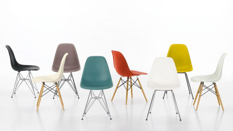 When Ray And Charles Eamesu0027 Classic Molded Side Chair Was First Produced,  In 1951, It Was One Of The First Industrially Manufactured Plastic Chairs  On The ...