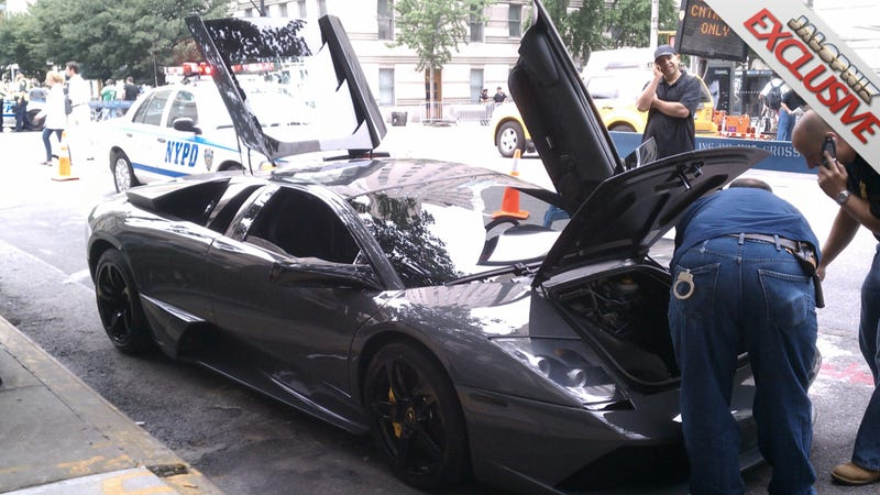 Illustration for article titled NYPD assumes Puerto Rican with $400,000 Lamborghini has drugs
