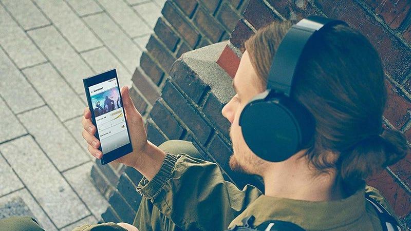 Auriculares Sony XB950N1 Extra Bajo | $113 | AmazonGráfico: Shep McAllister