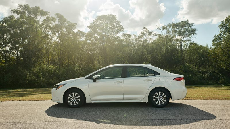 Toyota Corolla Mpg >> 2020 Toyota Corolla Hybrid Joins The Prius With An Expected 50 Mpg