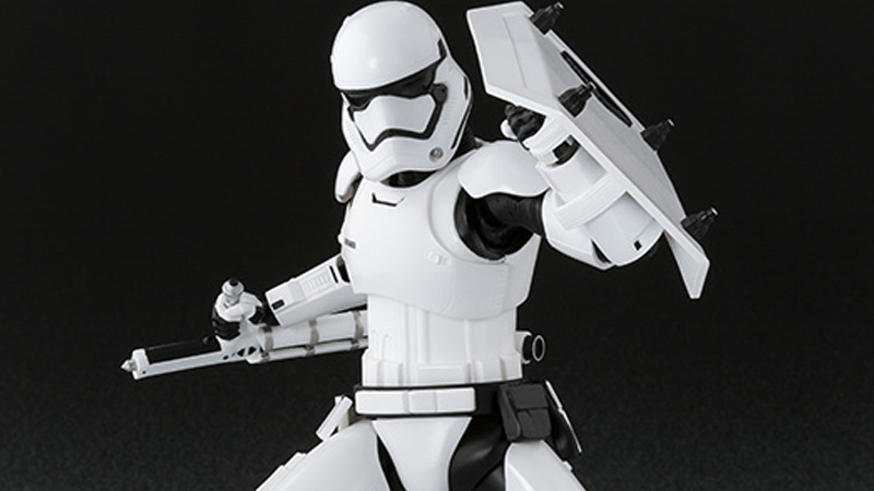 Illustration for article titled The Force Awakens' Cool New Stormtrooper Has a Cool New Action Figure, Too