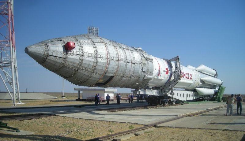 Illustration for article titled Se estrella el cohete ruso Proton-M con un satélite mexicano a bordo