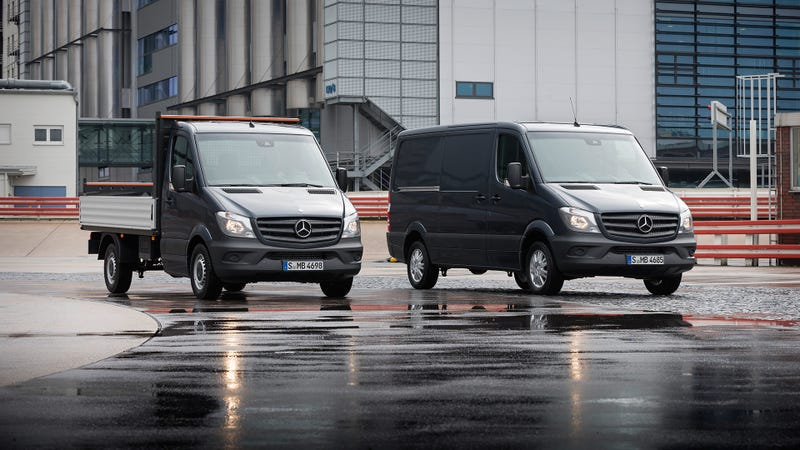 Mercedes Benzu0027s Popular Van Family Has Been Upgraded For The European  Market With Cleaner Engines Capable Of 37 Mpg (Euro Cycle), Electronic  Crosswind ...