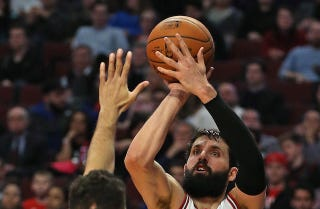 Illustration for article titled Nikola Mirotic Is Balling