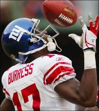 Illustration for article titled Plaxico Burress Indicted, Antonio Pierce Isn't