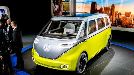 VW Microbus Confirmed For Production (Again) In 2022 ...