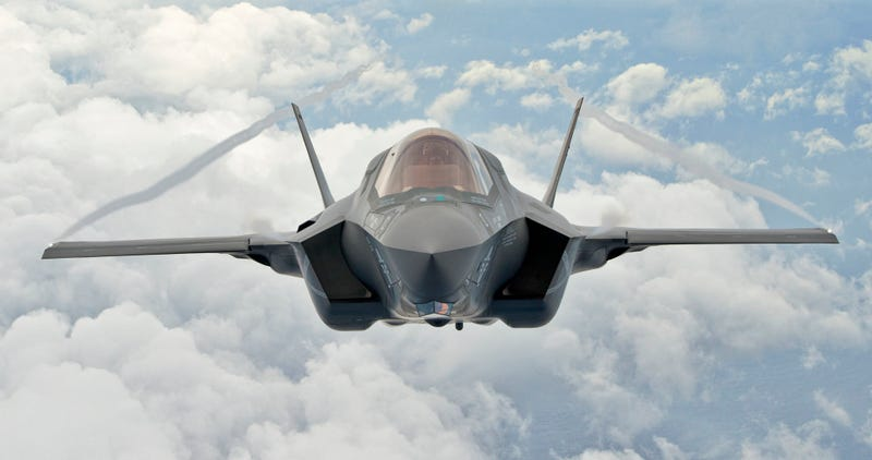 Illustration for article titled F-35 Will Attempt Another UK Air Show Debut As Concerns Over Software Delays Loom
