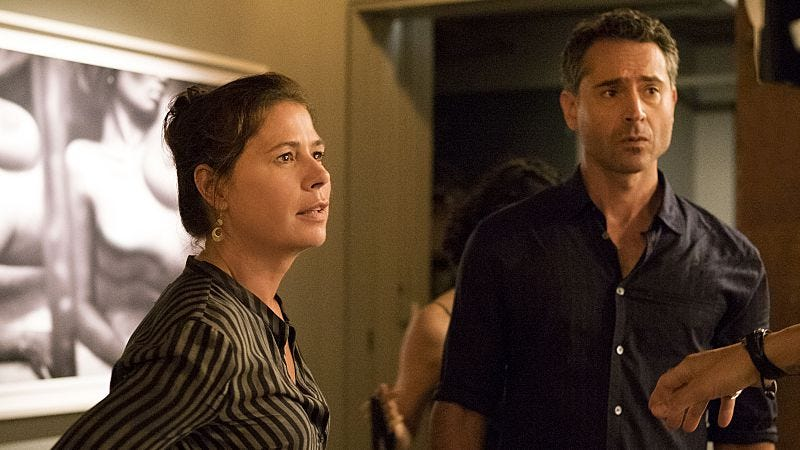 Maura Tierney and Omar Metwally (Photo: Showtime)