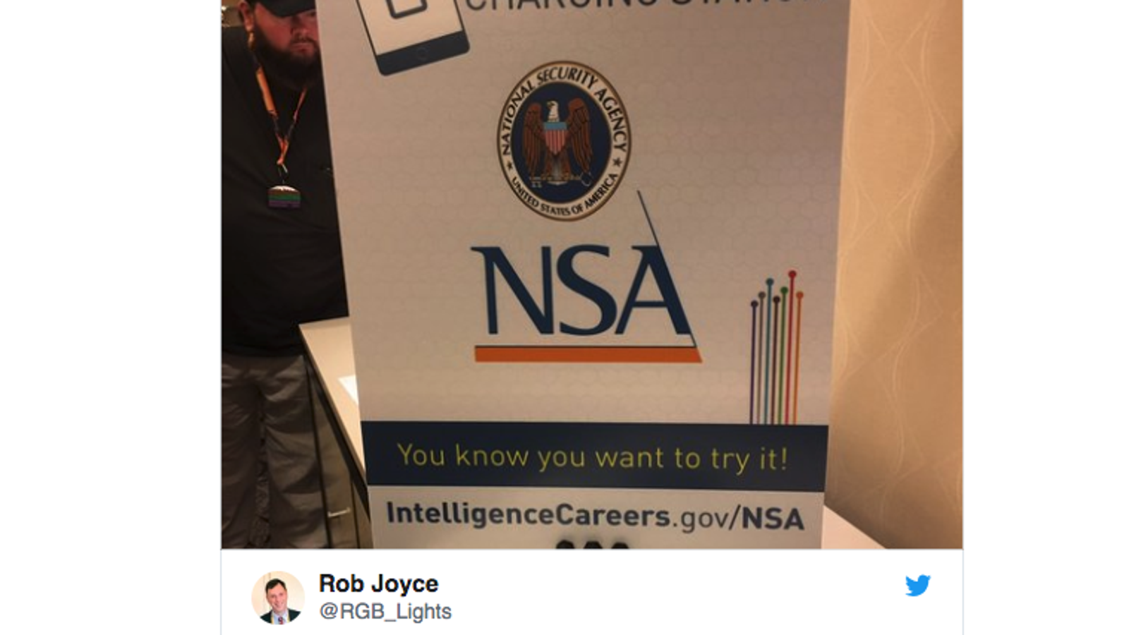 NSA Puts Phone Chargers at Hacker Conference in Plot to Go Viral