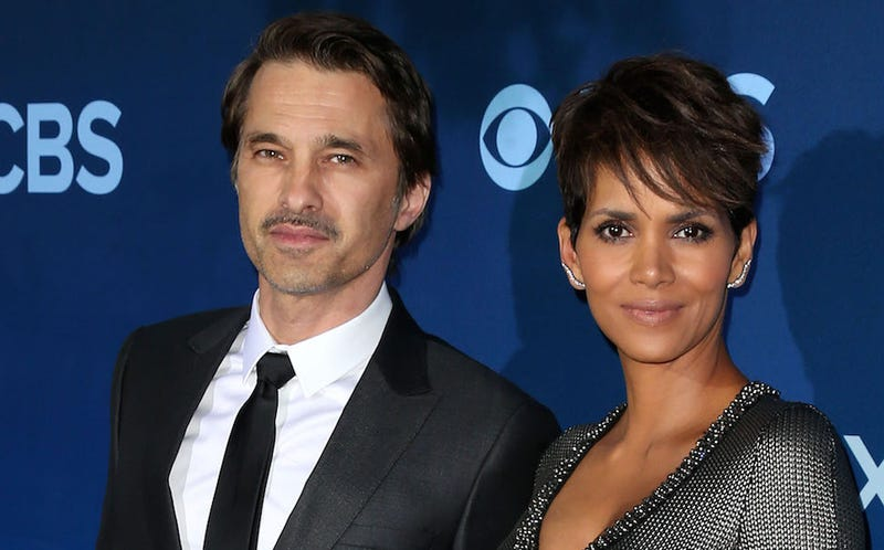 Illustration for article titled Halle Berry Files for Divorce from Olivier Martinez