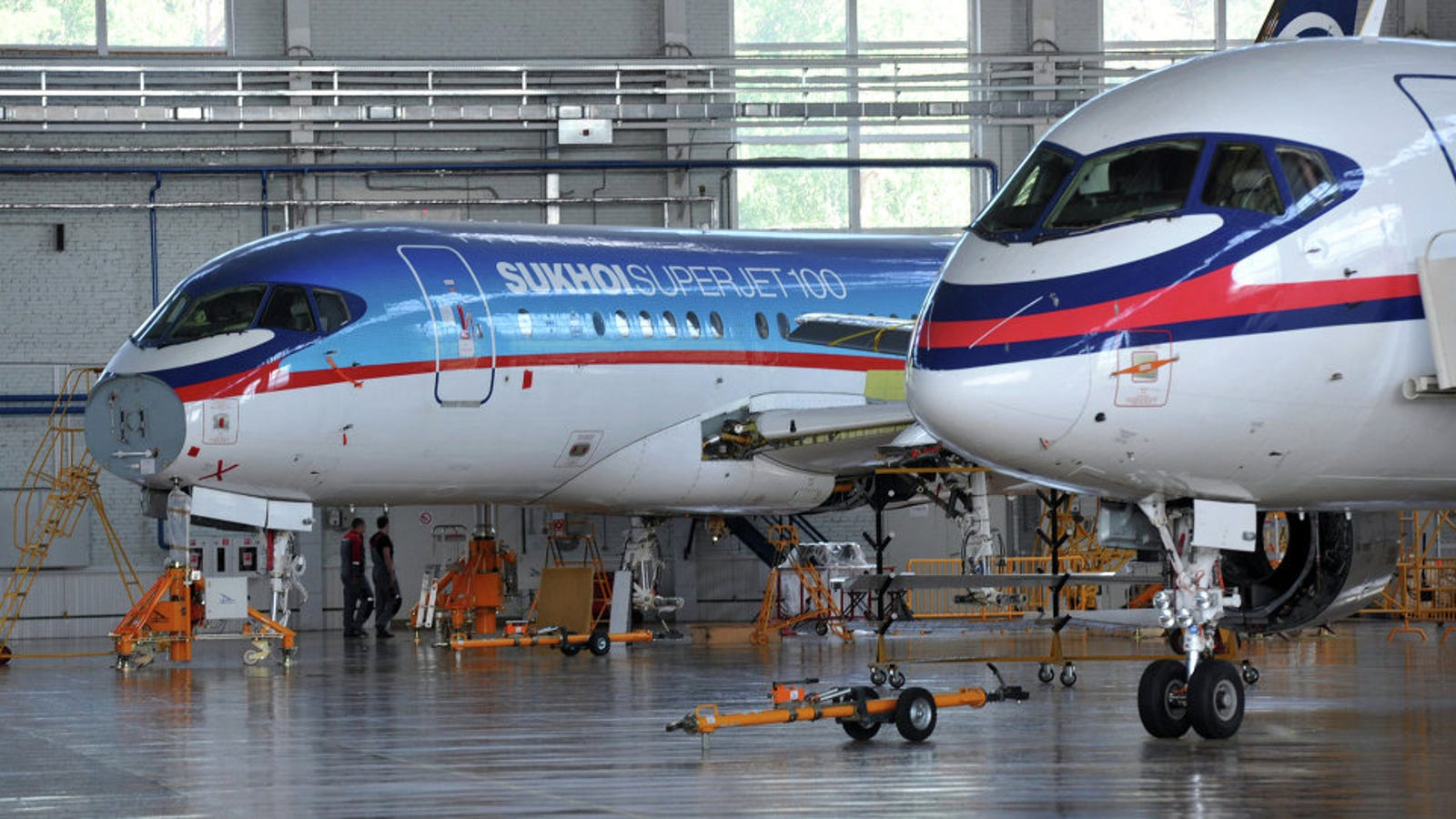 Resultado de imagen para Sukhoi SSJ-100 factory