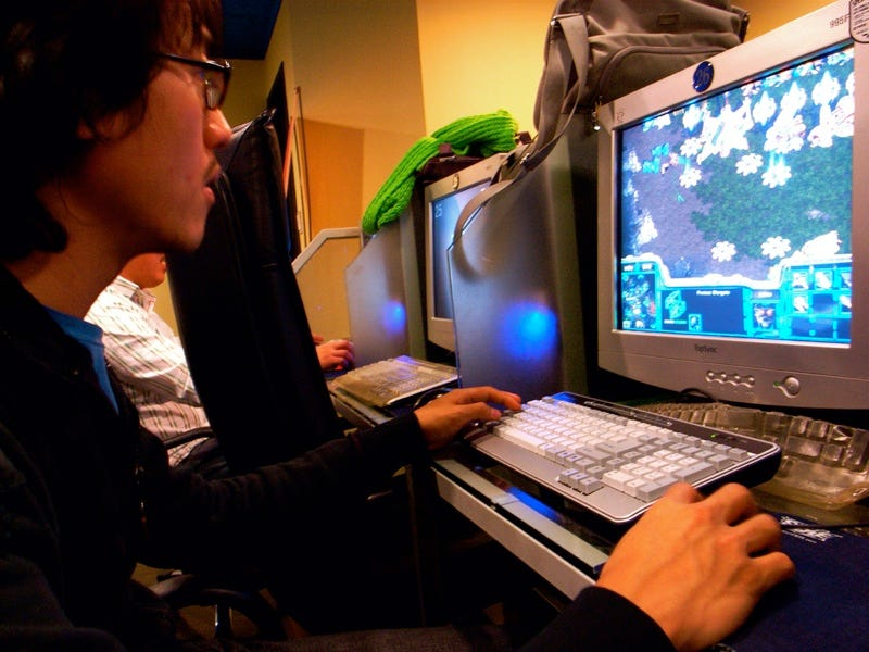 Illustration for article titled Why Is StarCraft So Popular In Korea?
