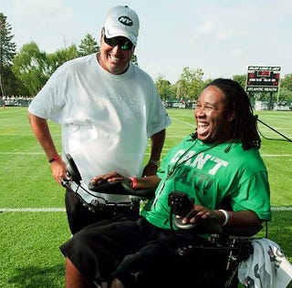 Illustration for article titled Please Welcome Eric LeGrand To The Ranks Of The Sports Media