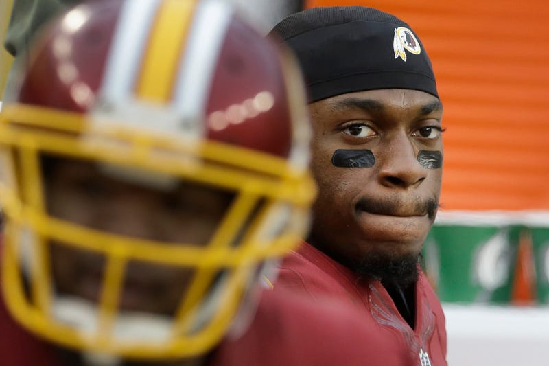 Illustration for article titled Reports: RGIII Could Be Benched As Early As Today