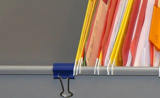 Illustration for article titled Keep Hanging Folders from Sliding with Binder Clips