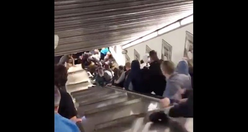 Illustration for article titled Russian Soccer Fans Injured By Terrifying Escalator Malfunction