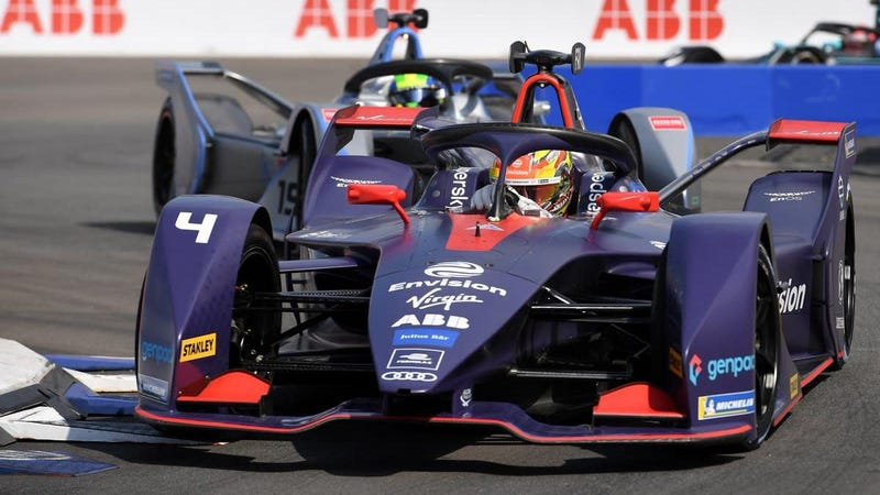 Illustration for article titled Robin Frijns Takes Formula E Season Closer in NYC, Jean Eric Vergne Repeats as Champion