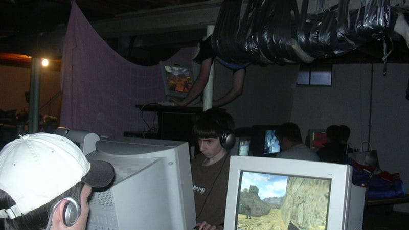 15 Years Later Here S Why A Gamer Was Duct Taped To A Ceiling