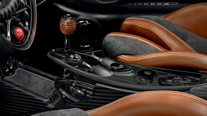 Illustration for article titled The Coolest Part of the New Pagani Huayra Roadster BC Is its Shift Knob