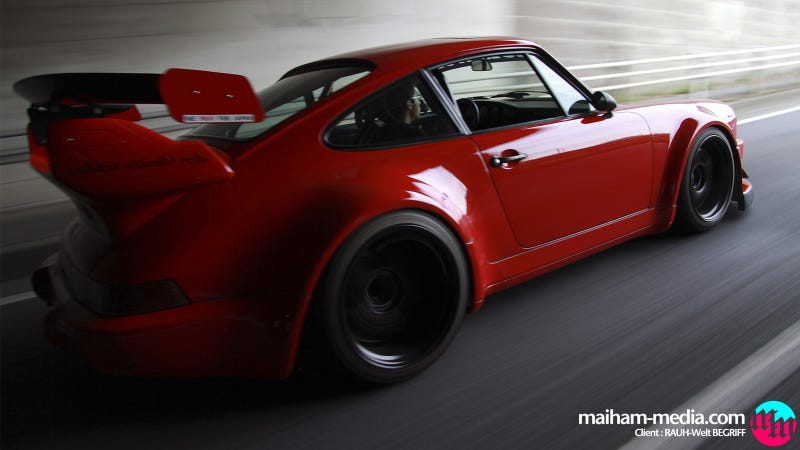 Illustration for article titled Your ridiculously cool RWB Porsche wallpaper is here