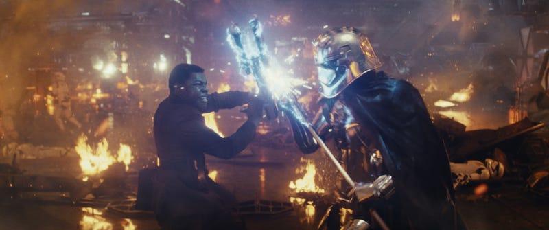 John Boyega and Gwendoline Christie spar in Star Wars: The Last Jedi (Photo: Lucasfilm Ltd.)