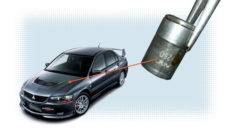 Illustration for article titled Mitsubishi Evo Owner Finds Forgotten Socket Left In Engine From The Factory