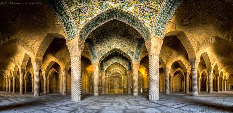Fotos caleidoscópicas de arquitectura a base de gran angular