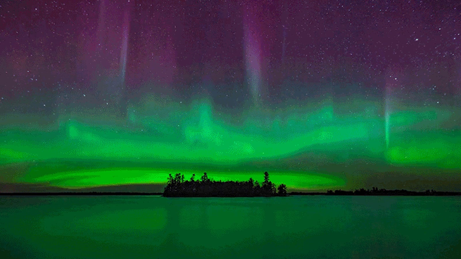 The Northern Lights Look Absolutely Breathtaking in This